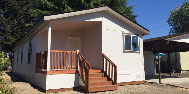 edgewood 122 1 - New Manufactured Home in All Ages Community - Edgewood Estates #122 - $99,000
