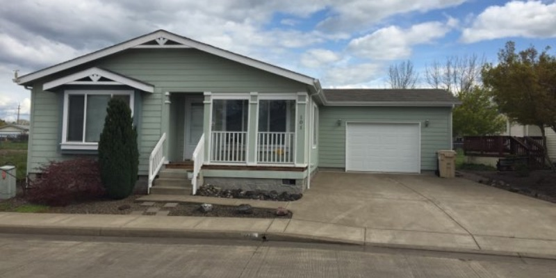 toliver 1400 - $279,000 – Toliver Estates 1400 Boardwalk Ave